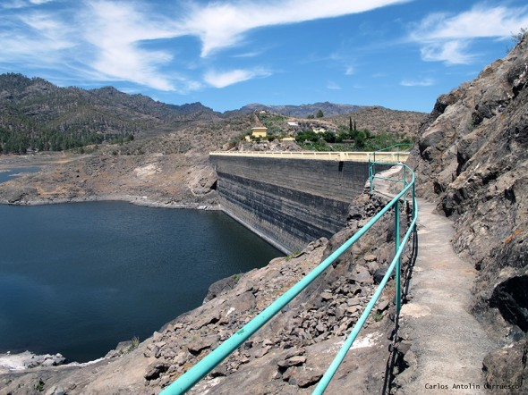 presa y embalse Cueva de Las Niñas - Gran Canaria