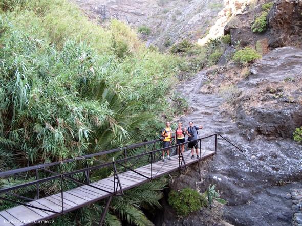 accediendo al barranco de Masca - Teno - Tenerife