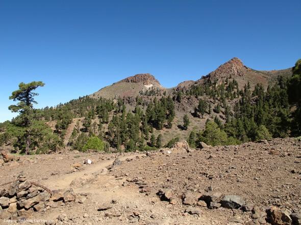 Roque Los Almendros - Cumbres de Ucanca - Tenerife