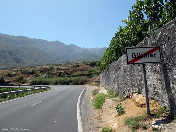 saliendo de Güimar por la TF28 dirección al Mirador de Don Martín