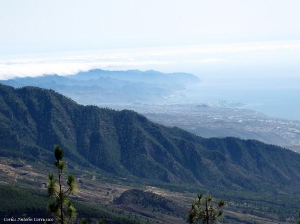 montañas de Anaga y Santa Cruz de Tenerife en el horizonte