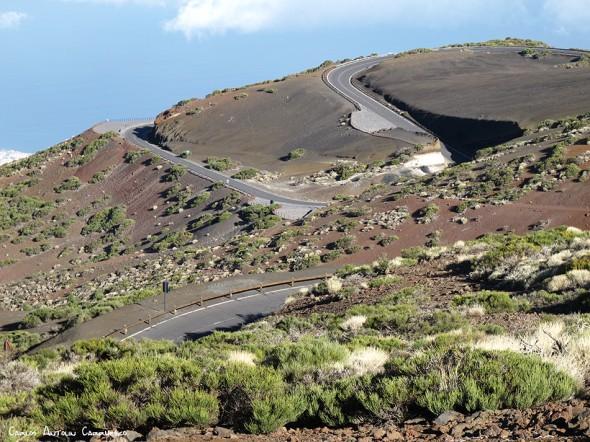 pista de Igueque (Nº17) - Parque Nacional del Teide<br/>curvas de la Tarta en la TF24 - Tenerife