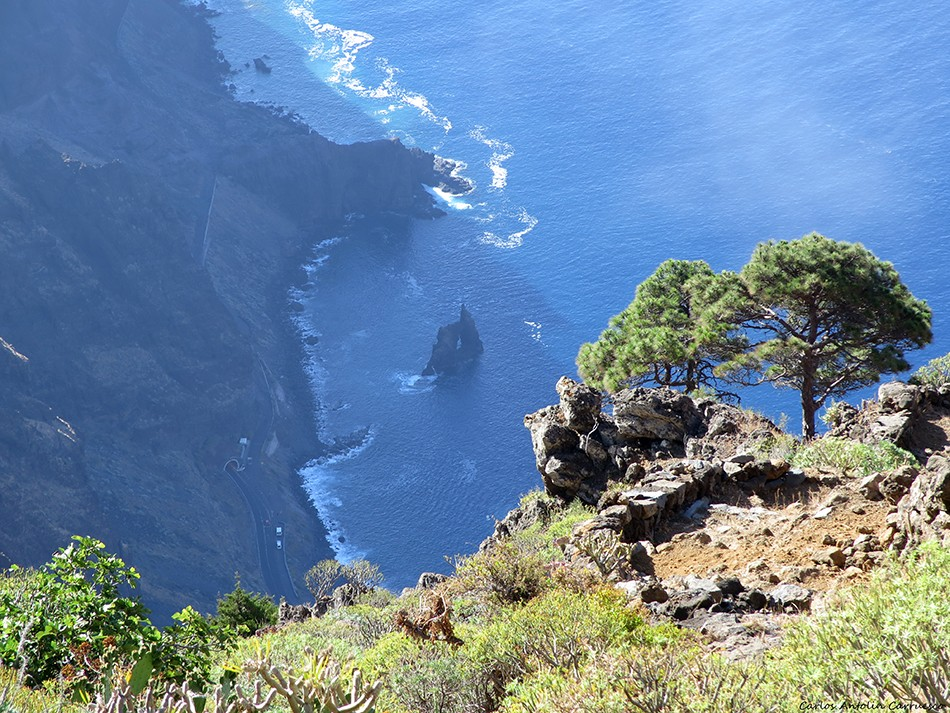 Isora - Las Playas - El Hierro - roque de la bonanza
