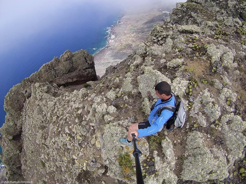 Mirador de Bascos - El Golfo - El Hierro