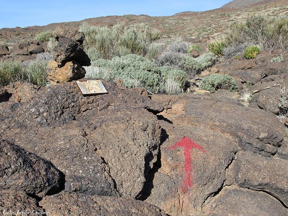 Grafitis en Regatones Negros - sendero Nº 23 - Parque Nacional del Teide - Tenerife