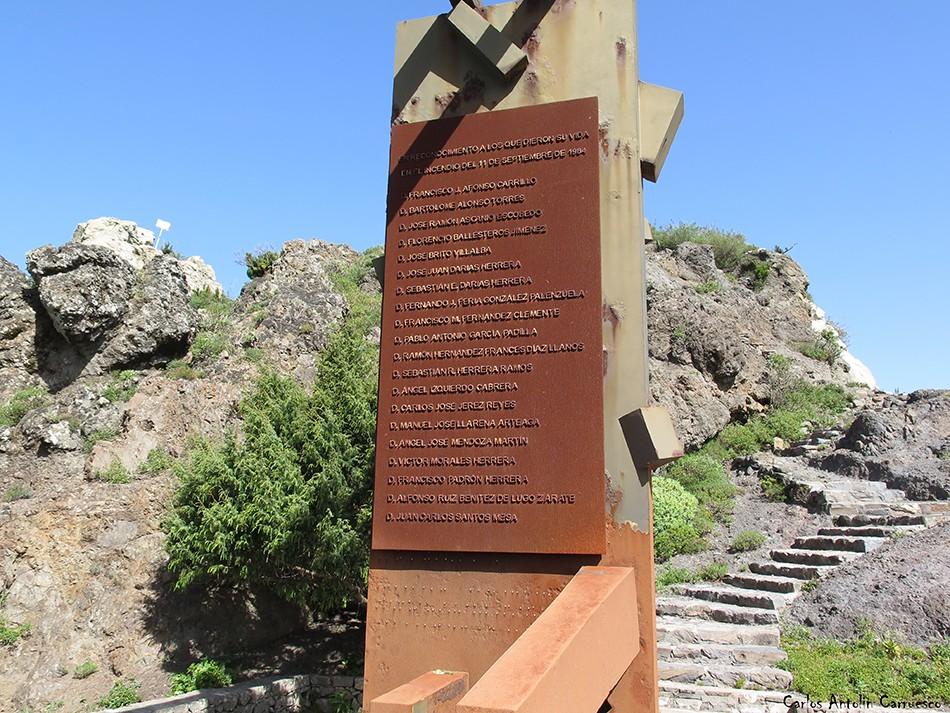 Monumento que recuerda las víctimas del incendio de 1984