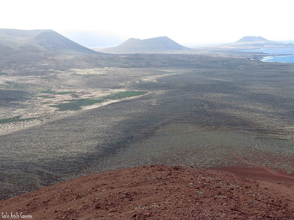 Isla de La Graciosa - Montaña Bermeja - Lanzarote - Playa de Las Conchas