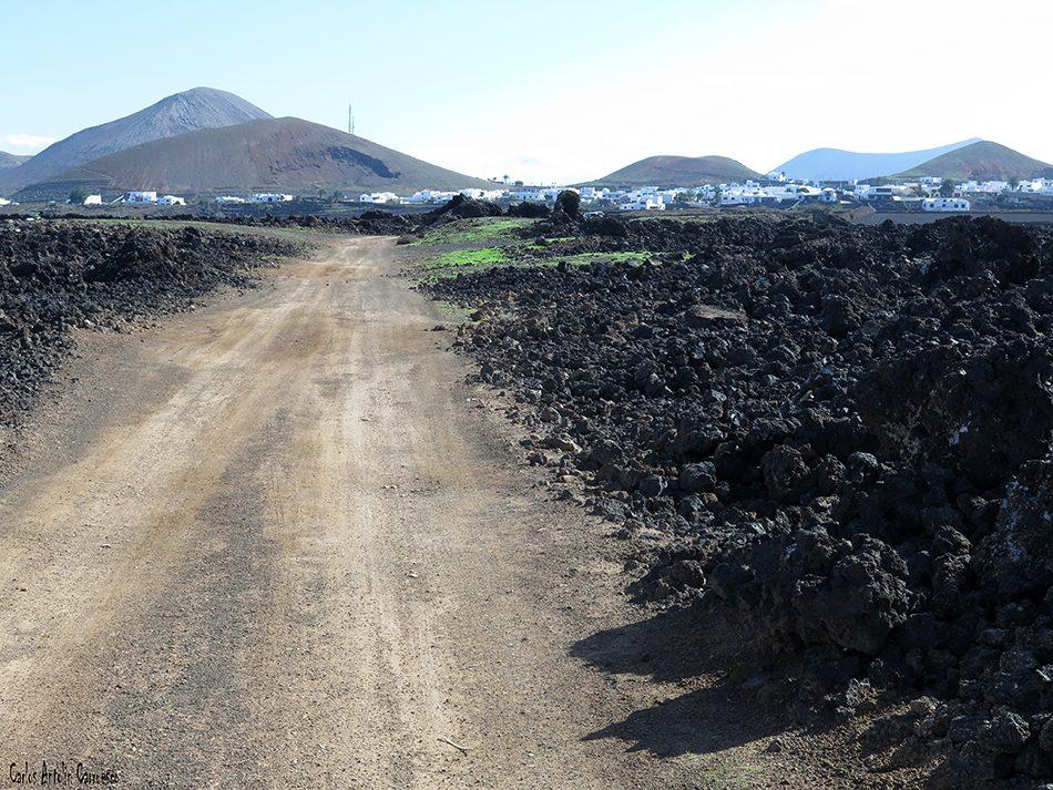 La Caldereta - Caldera de Montaña Blanca - Lanzarote - mancha blanca - tinajo