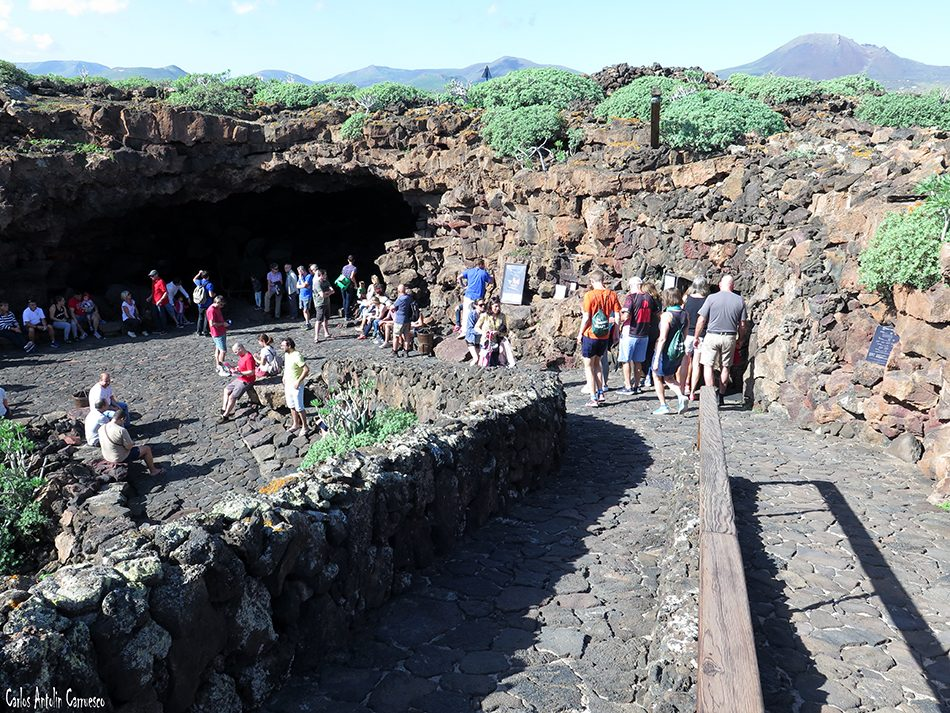 Malpaís de La Corona - Cueva de Los Verdes - Lanzarote - volcán de la corona