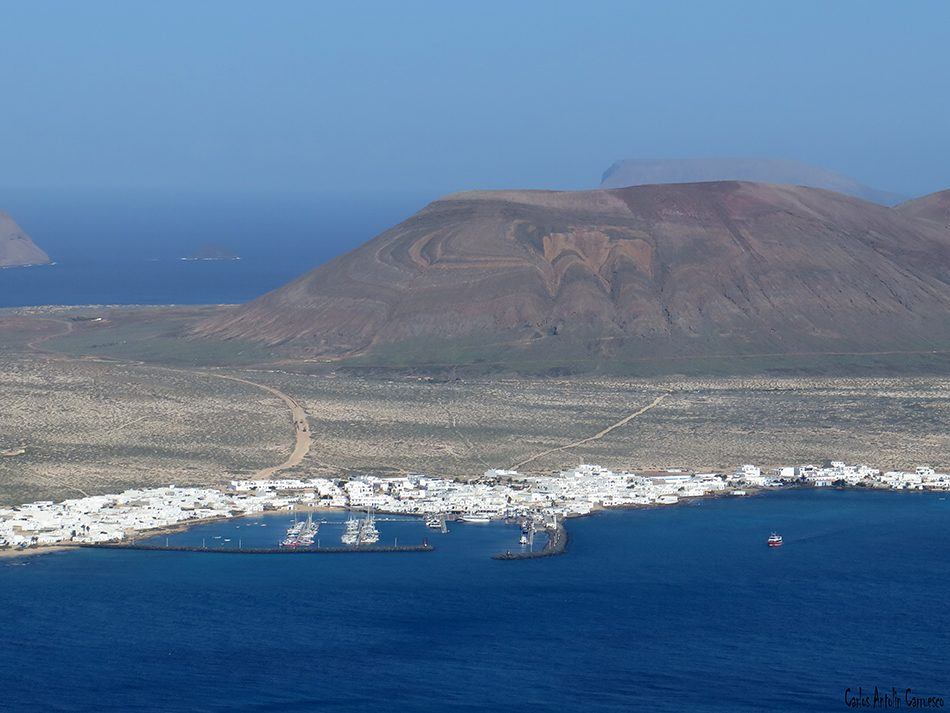 Playa del Risco - Risco de Famara - Lanzarote - caleta de sebo - la graciosa