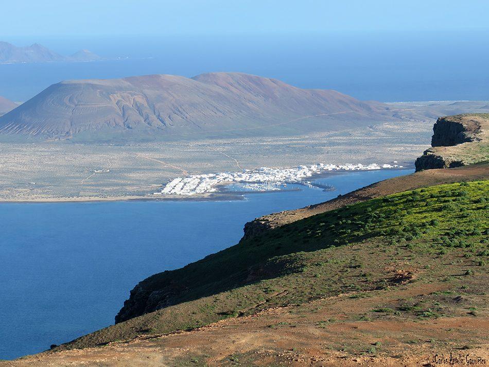 Camino de Gayo - Macizo de Famara - Lanzarote - Caleta de Sebo - La Graciosa