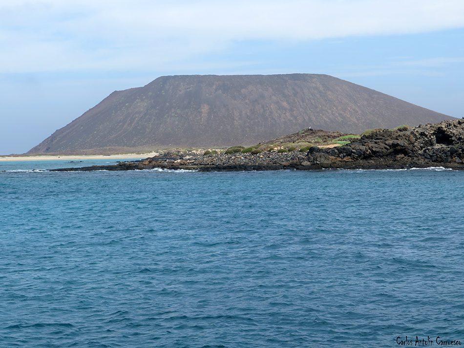 Islote de Lobos - Fuerteventura - la caldera de la montaña