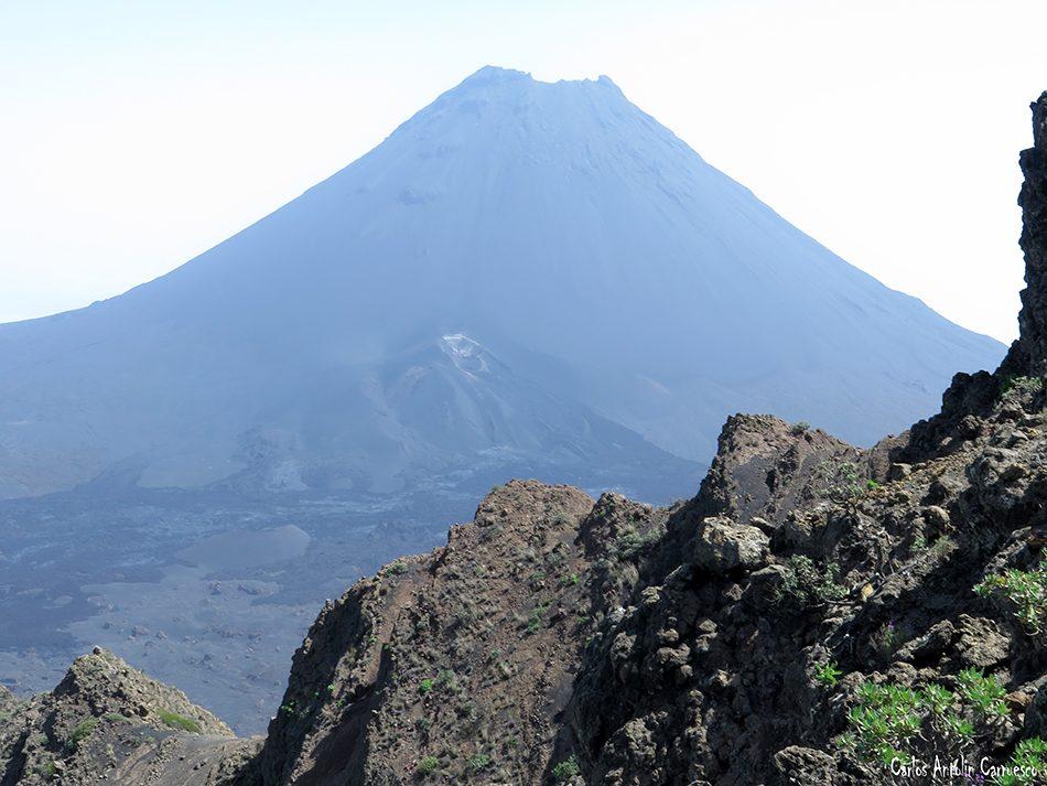Chã das Caldeiras - Fogo - Cabo Verde - pico de fogo - pico pequeno