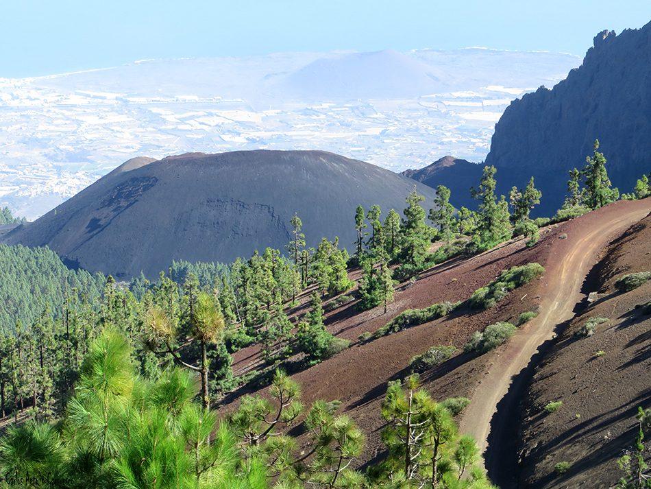 Mirador de La Crucita - Valle de Güimar - Tenerife - volcan de las arenas