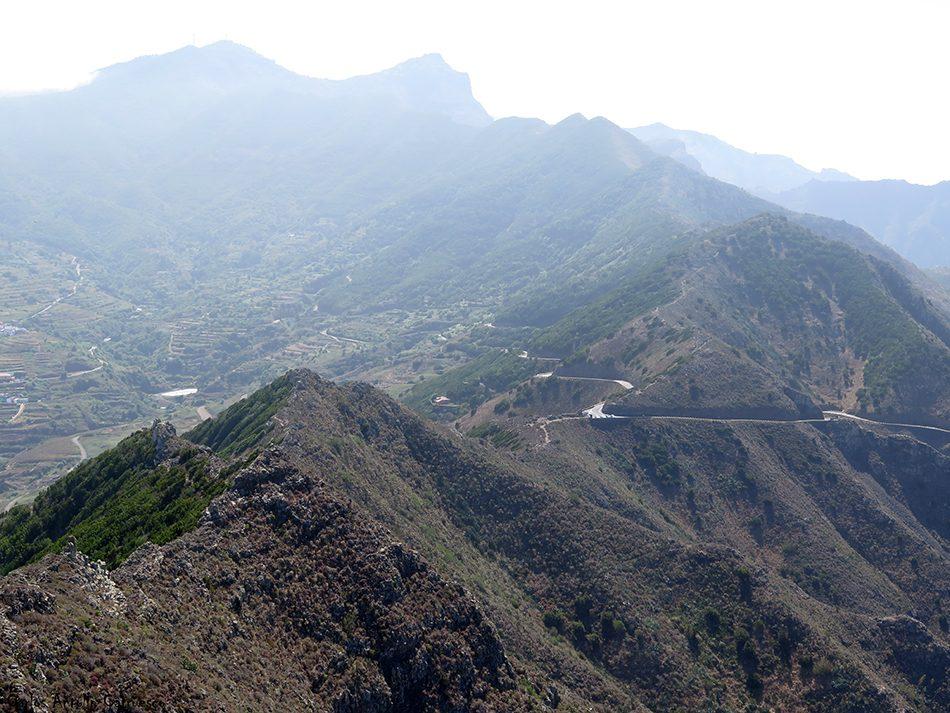 Cumbres de Baracán - El Palmar - Tenerife- mirador de tabaiba